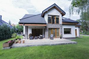 Das Einfamilienhaus zählt zu den beliebtesten Haustypen in Deutschland. Foto bialasiewicz via Envato